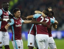 West Ham 2-1 Chelsea: Conte trở lại mặt đất