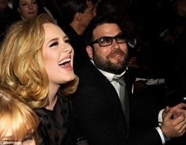 Ca sĩ Adele đã đính hôn với bạn trai 5 năm?