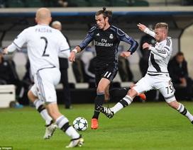 """Real Madrid """"chết hụt"""" trên sân Legia Warsaw"""