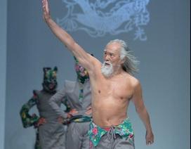 """Hành trình trở thành biểu tượng thời trang của """"lão ông quyến rũ nhất Trung Quốc"""""""