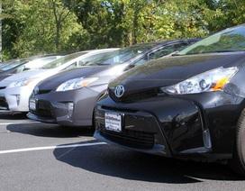 Giá xăng giảm - Mối đe doạ của xe hybrid