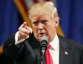 Donald Trump kiện cựu trợ lý 10 triệu USD