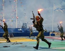 Các hạm đội Nga đồng loạt phô diễn sức mạnh