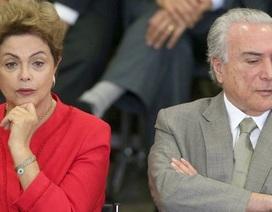 """Tổng thống Brazil gọi """"phó tướng"""" là kẻ phản bội, tố âm mưu đảo chính"""