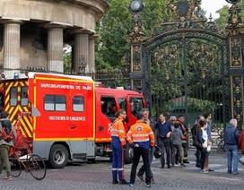 Nhiều nước châu Âu đồng loạt bị sét đánh