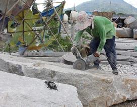 Những người còng lưng phu đá