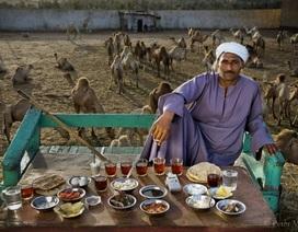 """Những bữa ăn """"phong phú"""" và đầy hấp dẫn trên mọi vùng miền thế giới"""