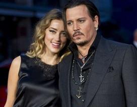 Johnny Depp chọn cách im lặng khi hoàn tất thủ tục ly dị vợ trẻ