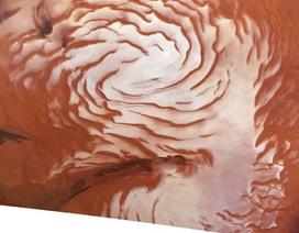 Lớp băng ghi nhận lịch sử khí hậu 4 triệu năm của Sao Hỏa
