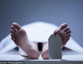 Bị đưa vào nhà xác, người chết đột nhiên... sống lại
