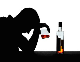 Loại thuốc mới có thể giúp những người nghiện rượu giảm uống rượu
