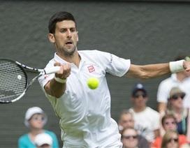 Djokovic, Federer cùng nếm khó khăn ngay ải đầu