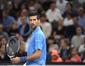 Paris Masters: Djokovic thành cựu vương, Murray thẳng tiến