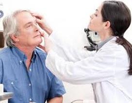 Mờ mắt ở bệnh nhân tiểu đường: Chớ coi thường!