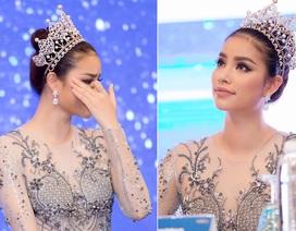 Hoa hậu Phạm Hương khóc khi nhìn lại hành trình tại hoa hậu Hoàn vũ Thế giới