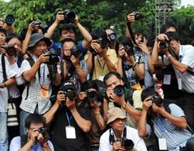 Vì sao sinh viên báo chí ra trường còn thiếu tự tin?
