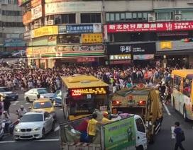 """Đài Loan tắc đường vì hàng ngàn người đi """"săn"""" Pokemon hiếm"""