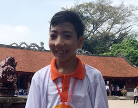 """Cậu bé mồ côi đoạt giải Nhất cuộc thi """"Giao thông học đường"""""""
