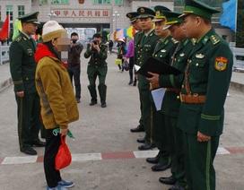 """Hành trình bị """"người yêu chu đáo"""" bán sang Trung Quốc của cô giáo cắm bản"""