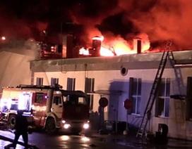 Cháy kinh hoàng ở Nga, 8 lính cứu hỏa thiệt mạng