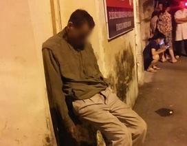 Hà Nội: Người đàn ông tử vong trong tư thế ngồi dựa vào tường