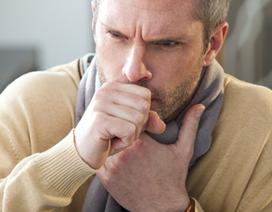 Có nên ngậm viên chứa chất diệt khuẩn khi ho, ngứa họng?