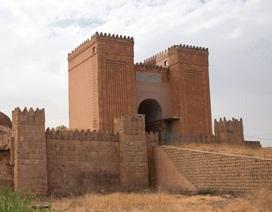"""IS phá """"Cổng Trời"""" 2000 tuổi ở Iraq"""