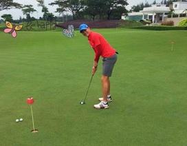 Công Vinh giải nghệ đi làm golf thủ?