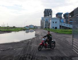 Nhà máy đạm Ninh Bình tái hoạt động, công nhân đi vòng quanh vớt xác cá