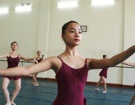 Nữ sinh ballet nghỉ 1 tiếng mỗi ngày