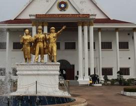 Tái hiện huyền thoại đường mòn Hồ Chí Minh trên đất Lào