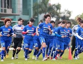 Đội tuyển nữ đá giao hữu với tuyển Trung Quốc