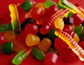 Xem cách làm kẹo dẻo, bạn sẽ không bao giờ dám ăn lại nữa