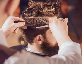 """Khi đàn ông ngày càng """"chi đậm"""" cho... mái tóc"""