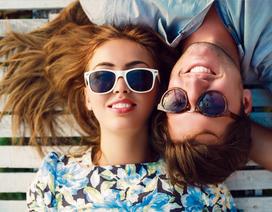 Vì sao các cặp đôi hạnh phúc ít chia sẻ trên mạng xã hội?