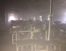 Cháy công ty điện tử, hàng nghìn công nhân hoảng loạn bỏ chạy