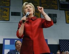 Bà Hillary bất ngờ thua trong bầu cử sơ bộ tại 2 bang miền tây