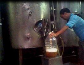 Bia hơi siêu rẻ lên bàn nhậu khắp Hà Nội