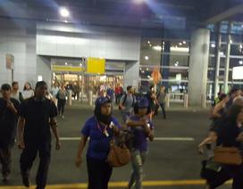 Hỗn loạn ở sân bay New York do nghi có xả súng