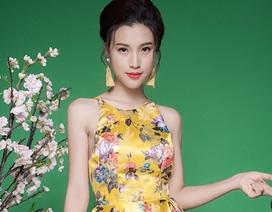 Á hậu Hoàng Oanh duyên dáng như thiếu nữ trong tranh vẽ