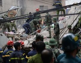Hiện trường ngổn ngang, đổ nát vụ sập nhà 4 tầng tại Hà Nội