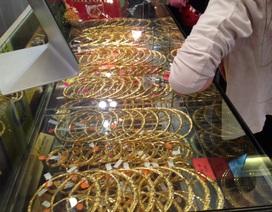 Giá vàng sẽ đạt mốc 1.350 USD/ounce trong ngắn hạn?