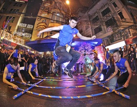 Giới trẻ Hà thành phấn khích với đêm nhạc truyền thống kết hợp hiện đại