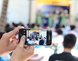 Tín đồ công nghệ trải nghiệm bộ đôi Galaxy S7 và Galaxy S7 edge