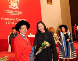 Lễ tốt nghiệp năm 2016 của chương trình liên kết ĐH La Trobe - ĐH Hà Nội