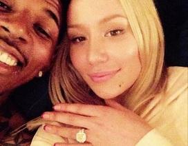 """Bị """"cắm sừng"""", nữ rapper 9x vẫn tự tin khoe nhẫn đính hôn 11 tỉ đồng"""