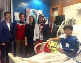 Đại sứ Việt Nam tại Qatar vào viện thăm Công Phượng