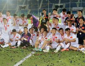 Việt Nam 3-0 Singapore: Công Vinh, Văn Quyết tỏa sáng ở hiệp phụ