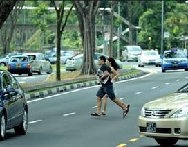 Các nước xử phạt người đi bộ vi phạm thế nào?