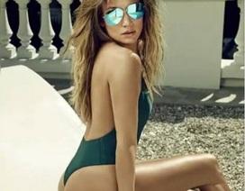 Jennifer Lopez bốc lửa ở tuổi 47